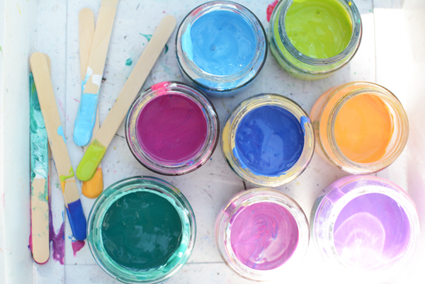 Tons of engaging process based easy art activities for preschoolers