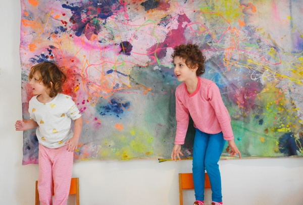 Who says kids can't make modern art? This Jackson Pollack art mural was made by toddlers!