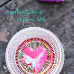 Spin art is a no mess art activity that kids LOVE